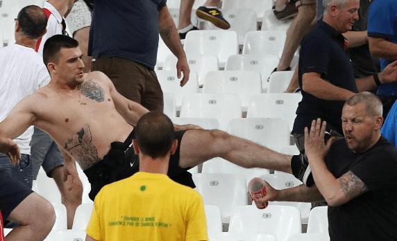 Марсель Франция Драка болельщиков Евро 2016